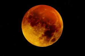 moon-963926_1280