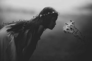 young-girl-1149701_1280