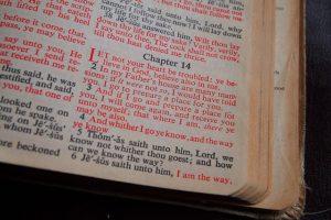bible-1136784_640